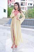 Rashi Khanna new glamorous photos-thumbnail-10