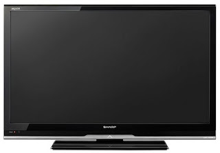 Sharp LC32LE340M AQUOS LCD TV SHARP 32 IN LED Lot Deal Divx HD FREE DELIVERY SG Singapore Euro 2012