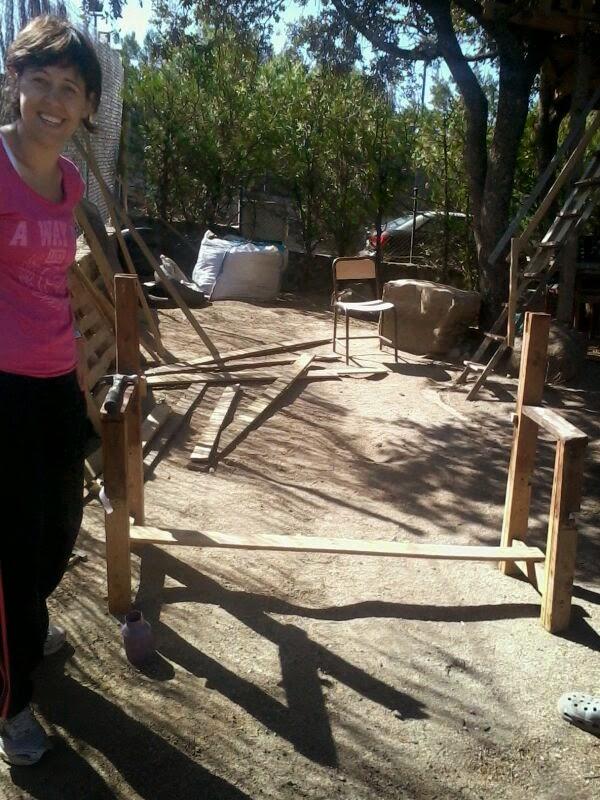 Supermanitas banco de colores con madera reciclada - Trabajo en torrelodones ...