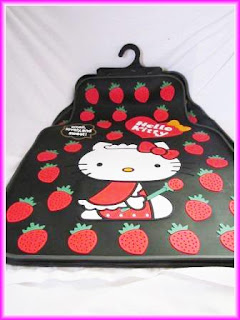 Karpet Mobil Hello Kitty Strawberry