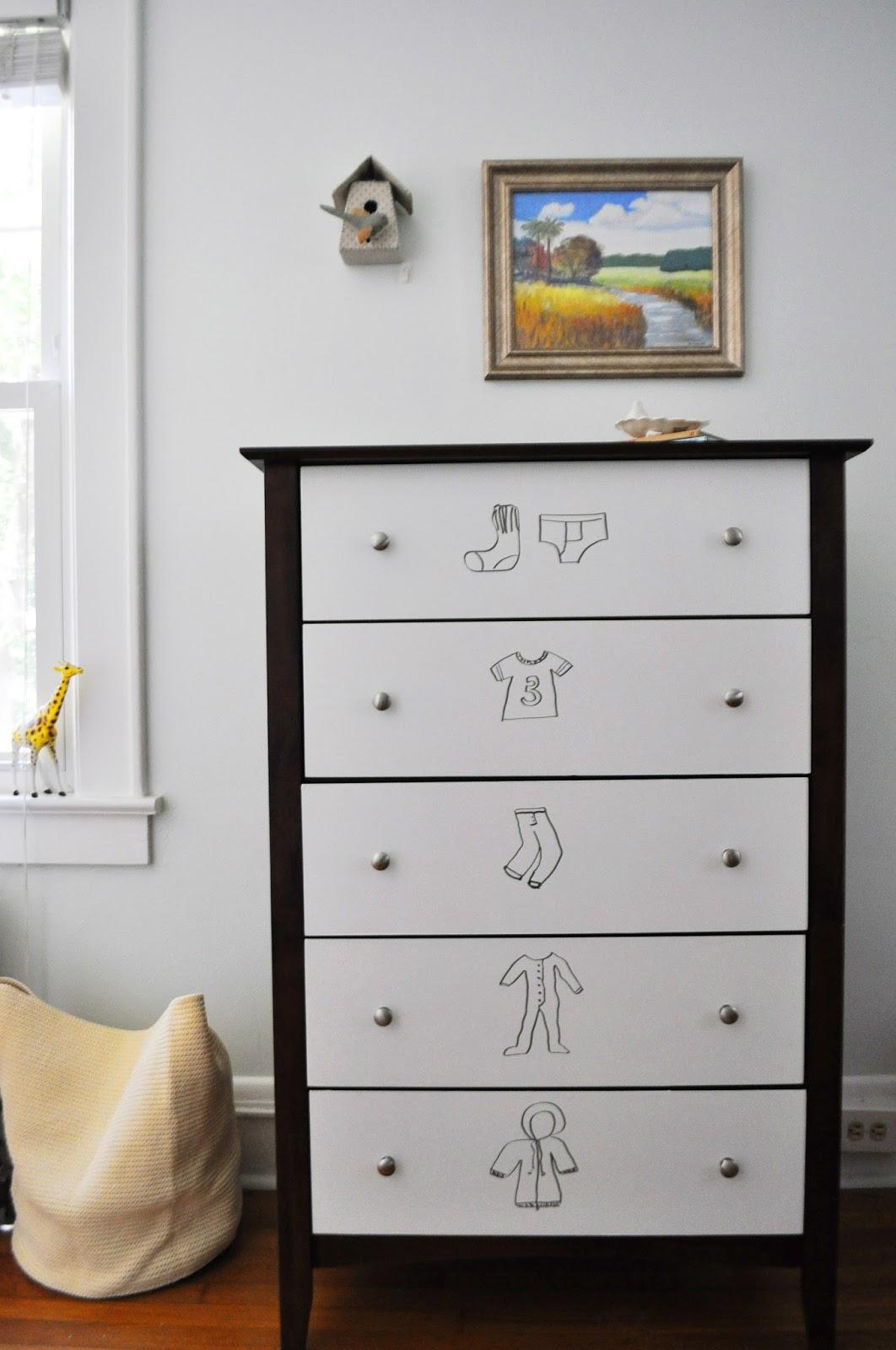 Ducklings In A Row - Hair + DIY Tutorials: DIY Dry Erase Dresser