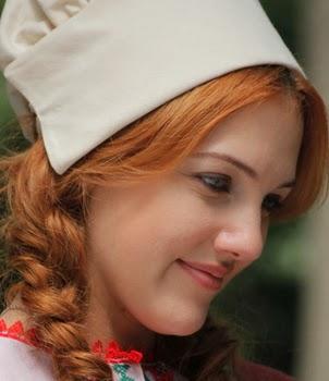 صور الممثلة التركية مريم أوزرلي meryem uzerli