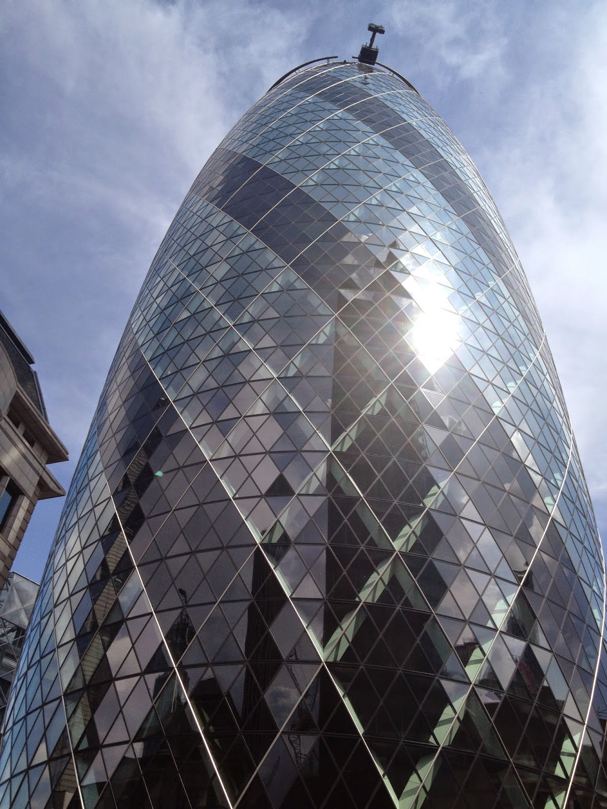 Gherkin London (photo credit: http://researchandramblings.blogspot.com/)