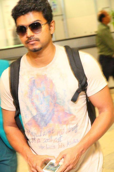 Vijay Body In ilayathalapathy vijay's