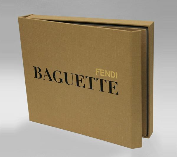 Il libro del 15° anniversario delle Baguette Fendi