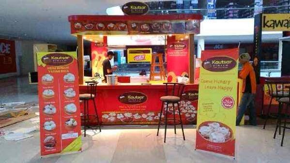 Kautsar Dimsum Mall Booth