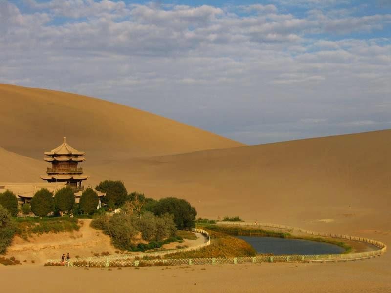 Lake Yueyaquan | Dunhuang Moon Shape Lake, China