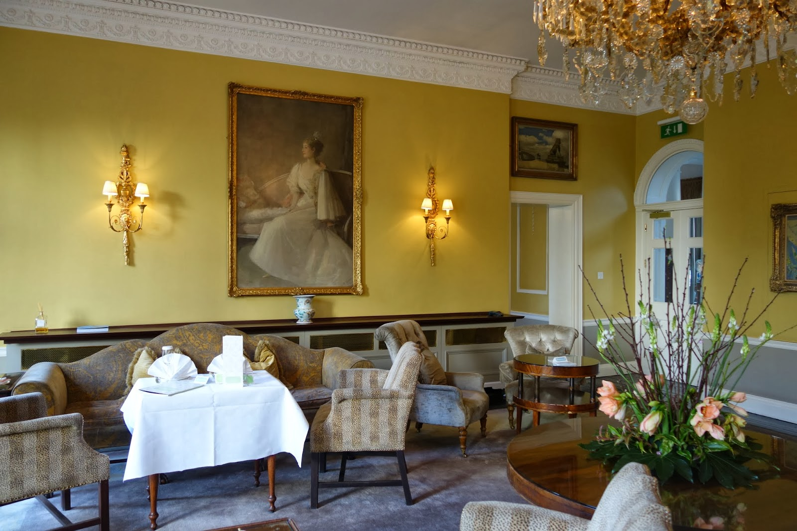 ... Merrion Hotel on a windy freezing day and I canu0027t express how excited I was. I was even delighted to be cold on the way there as I knew they had a ... & Art Tea at the Merrion Hotel | French Foodie in Dublin - Food Blog ...