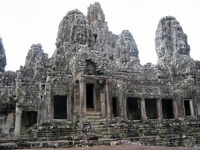 temple-bayon-cambodge