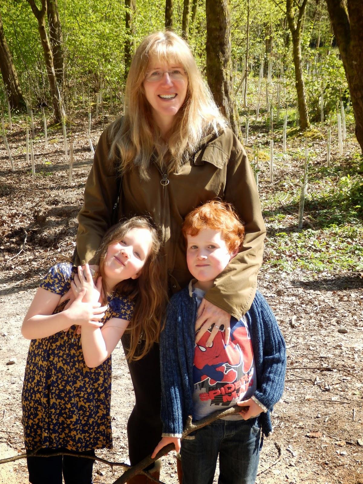 Linda, Caitlin & Ieuan Hobbis