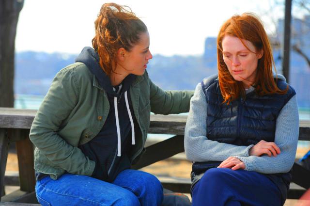 Sinopsis Film Still Alice (Julianne Moore, Alec Baldwin, Kristen Stewart)