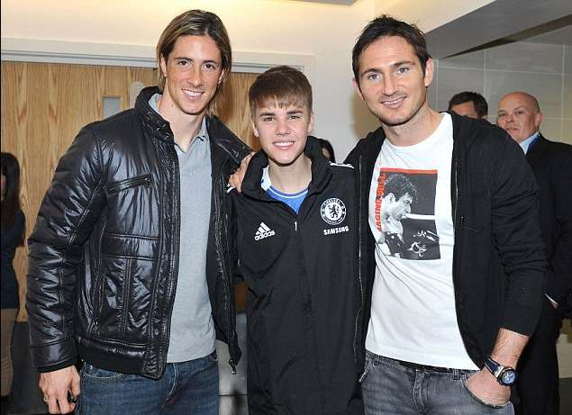 ¿Cuánto mide Justin Bieber? - Real height BieberChelsea02
