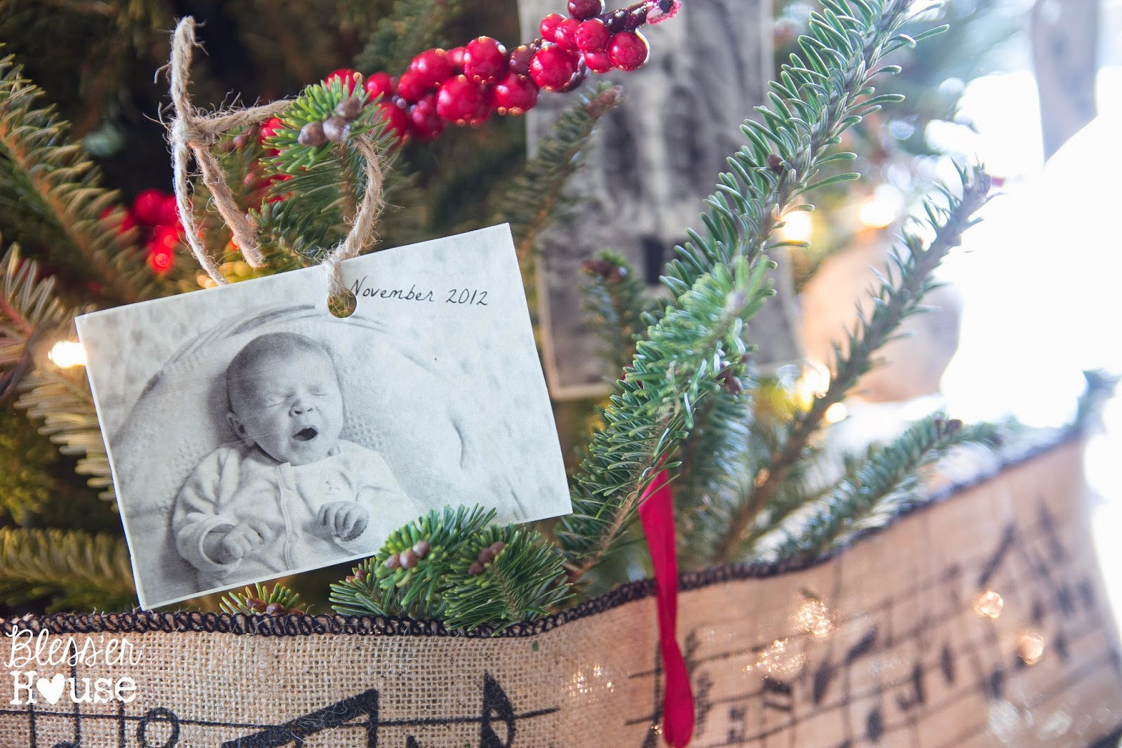 photo ornaments cheap blesser house cheap christmas ornaments hang old photos for family album ornaments on the cheap the family album tree