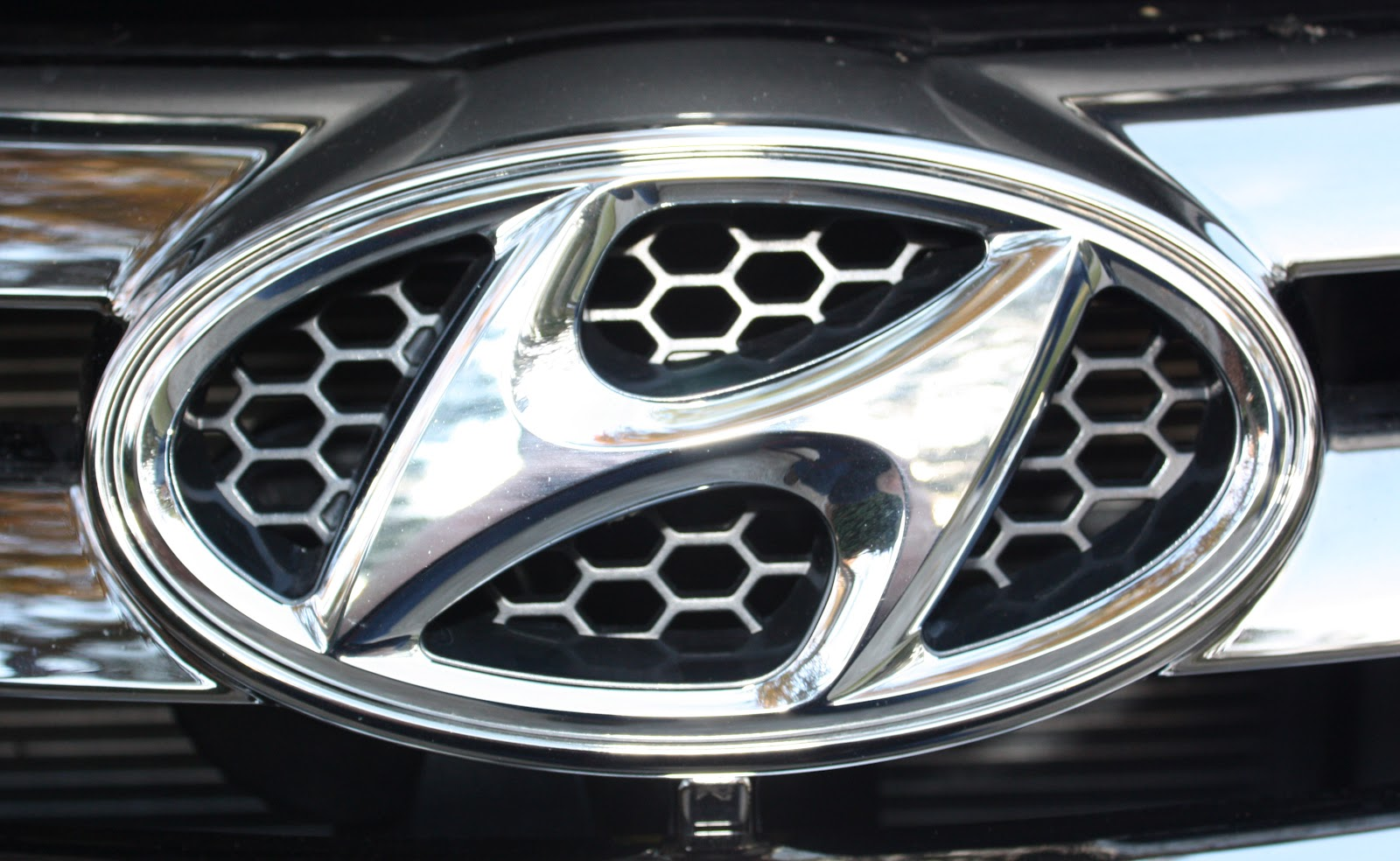 Parkway Hyundai  HYUNDAI INVITES CONSUMERS TO PETITION FOR FUEL