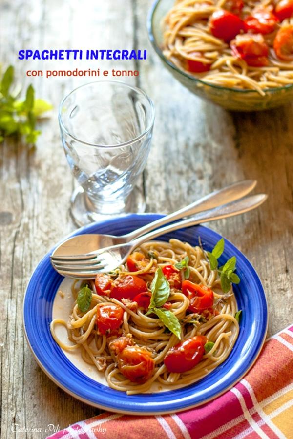 Spaghetti integrali con pomodorini e tonno