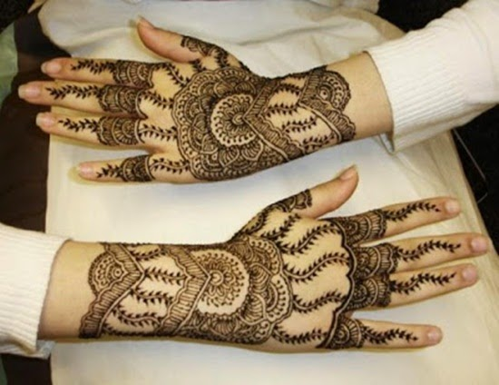 http://www.funmag.org/fashion-mag/fashion-style/beautiful-mehndi-design-for-eid-2014/