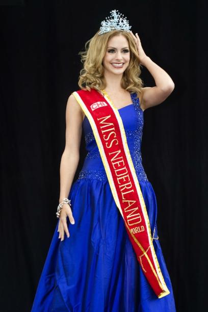 Miss Netherland World 2012 Nathalie Den Dekker