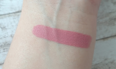 Review just cosmetics intense finish lipstick 030 rosewood