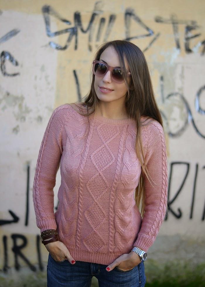 maglione rosa cipria