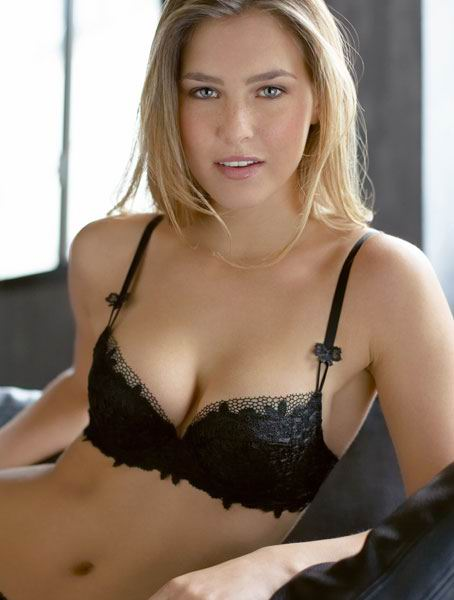 Bar Refaeli biography