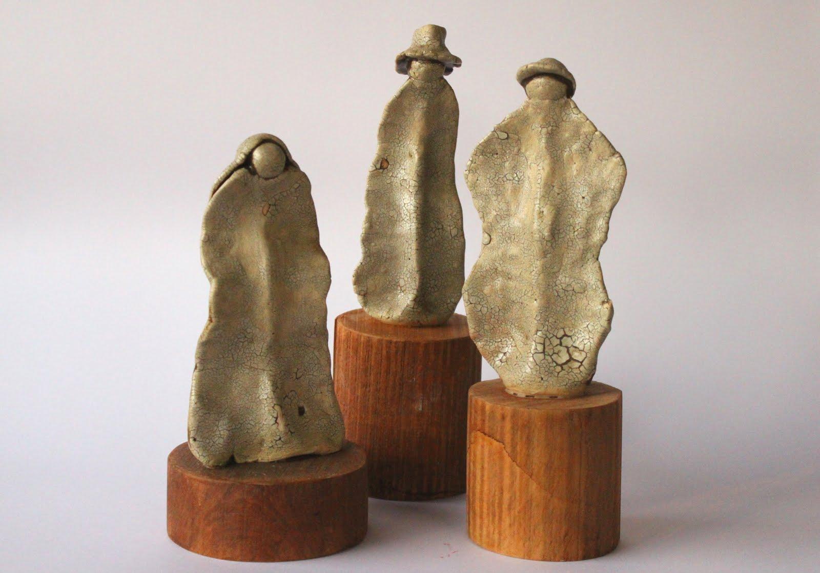 Cer mica y dise o tres margaritas figuras de cer mica for Figuras ceramica