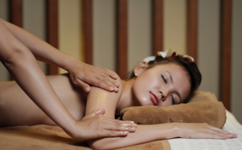 thai massage body 2 body narrefisse