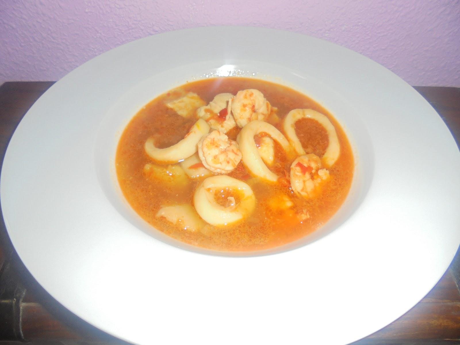 Mama lo cocina caldereta de caz n calamares y langostinos - Caldereta de langostinos ...