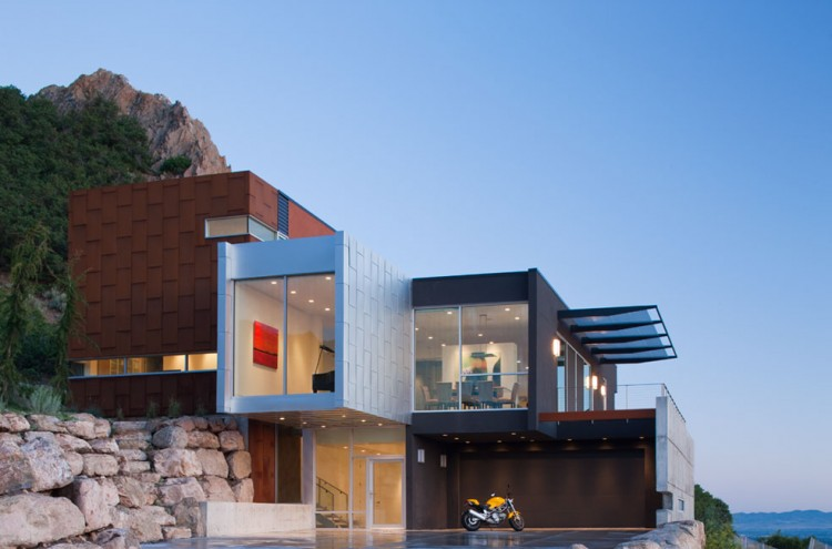Casas minimalistas y modernas fachadas minimalistas en for Fachadas hoteles minimalistas