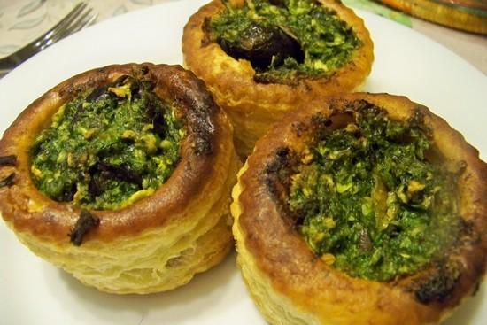 ... en folie: Feuilletés d'escargots au beurre d'ail et à l'estragon