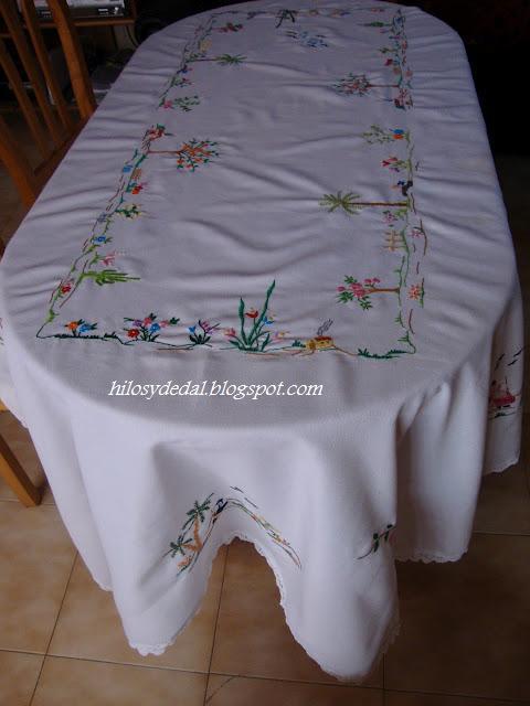 Hilos y dedal manteles y camino de mesa - Manteles y caminos de mesa ...