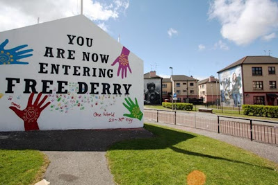 Londonderry_Derry - You are now Entering Free Derry