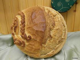 Korpás és petrezselymes kenyér.