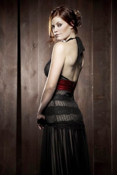 Cassidy Freeman :Cassidy Freeman Latest HOTTEST Photo Gallery