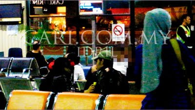 Rozita Che Wan & Shahir Di LCCT (Gambar)