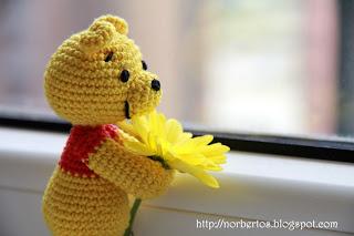 Crochet bear Winnie the Pooh