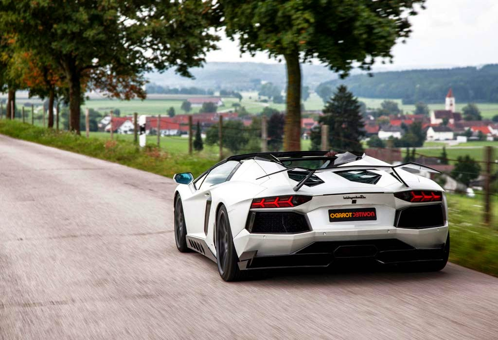 2015 NOVITEC TORADO Lamborghini Aventador LP 700-4 Roadster - Rear Wallpaper
