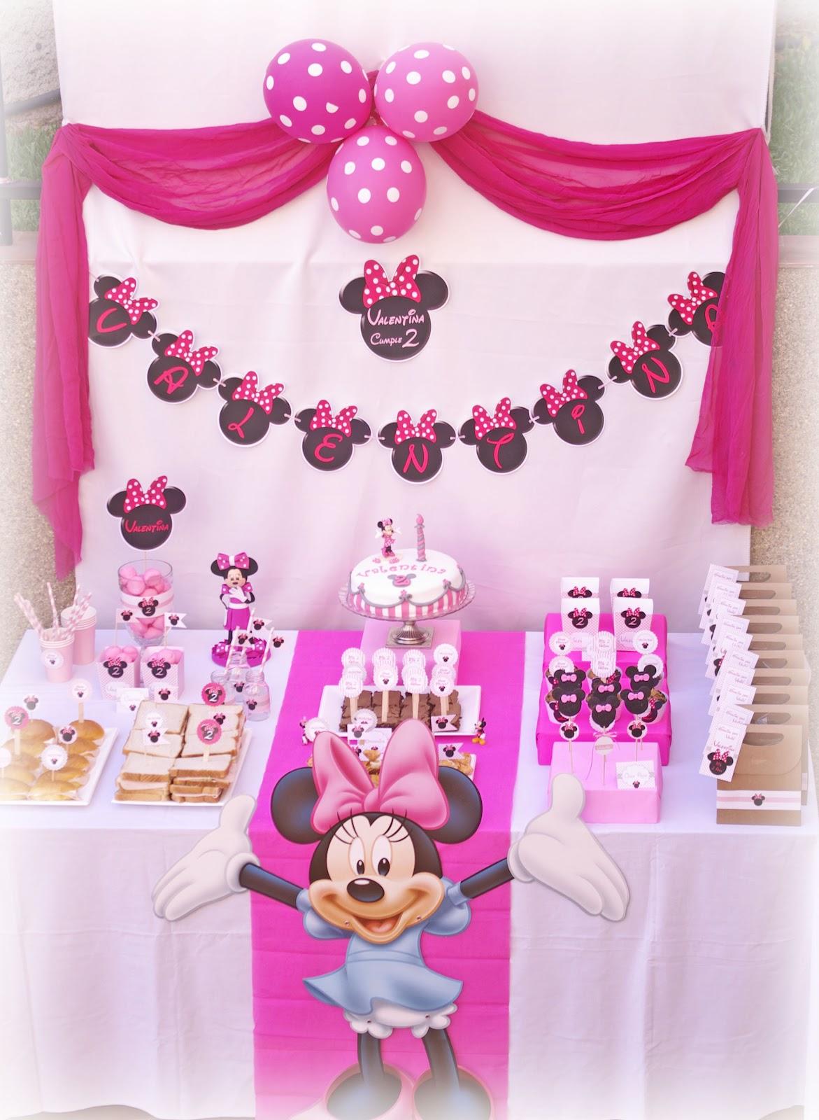 dejo algunas fotos de la fiesta de cumpleanos de minnie mouse que