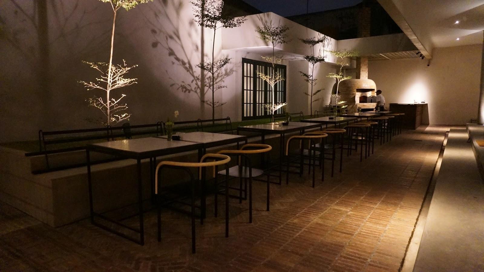 Society Complex Buro Bar Surabaya Review Laura Angelia S