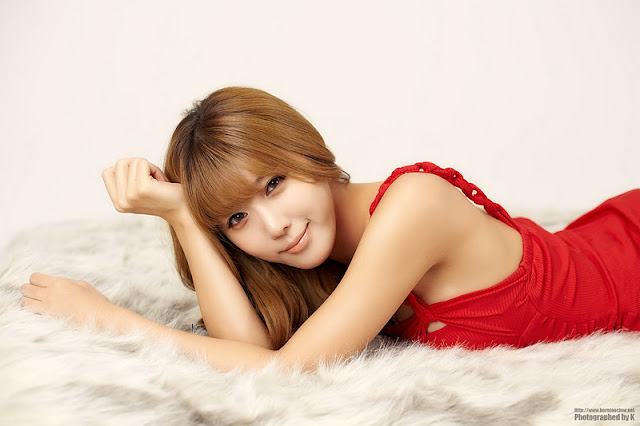 Heo Yoon Mi - Red Mini Dress