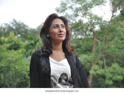 Bangladeshi model Alisha Pradhan