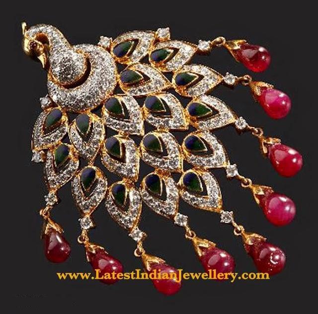 Fascinating Diamond Peacock Pendant