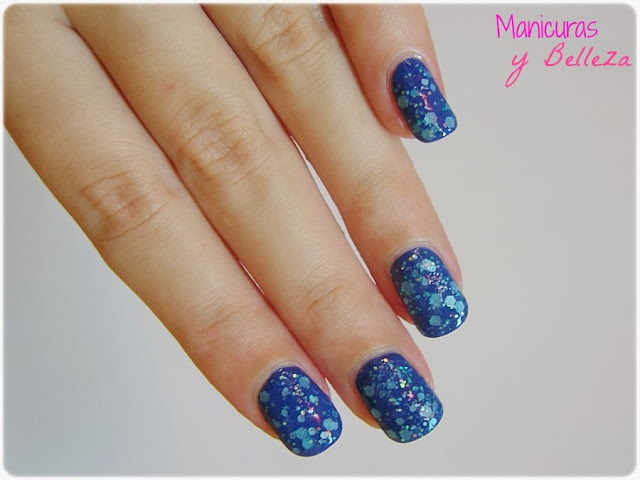 manicura azul matte glitter yes love total blue nails nail art uñas decoradas decoración