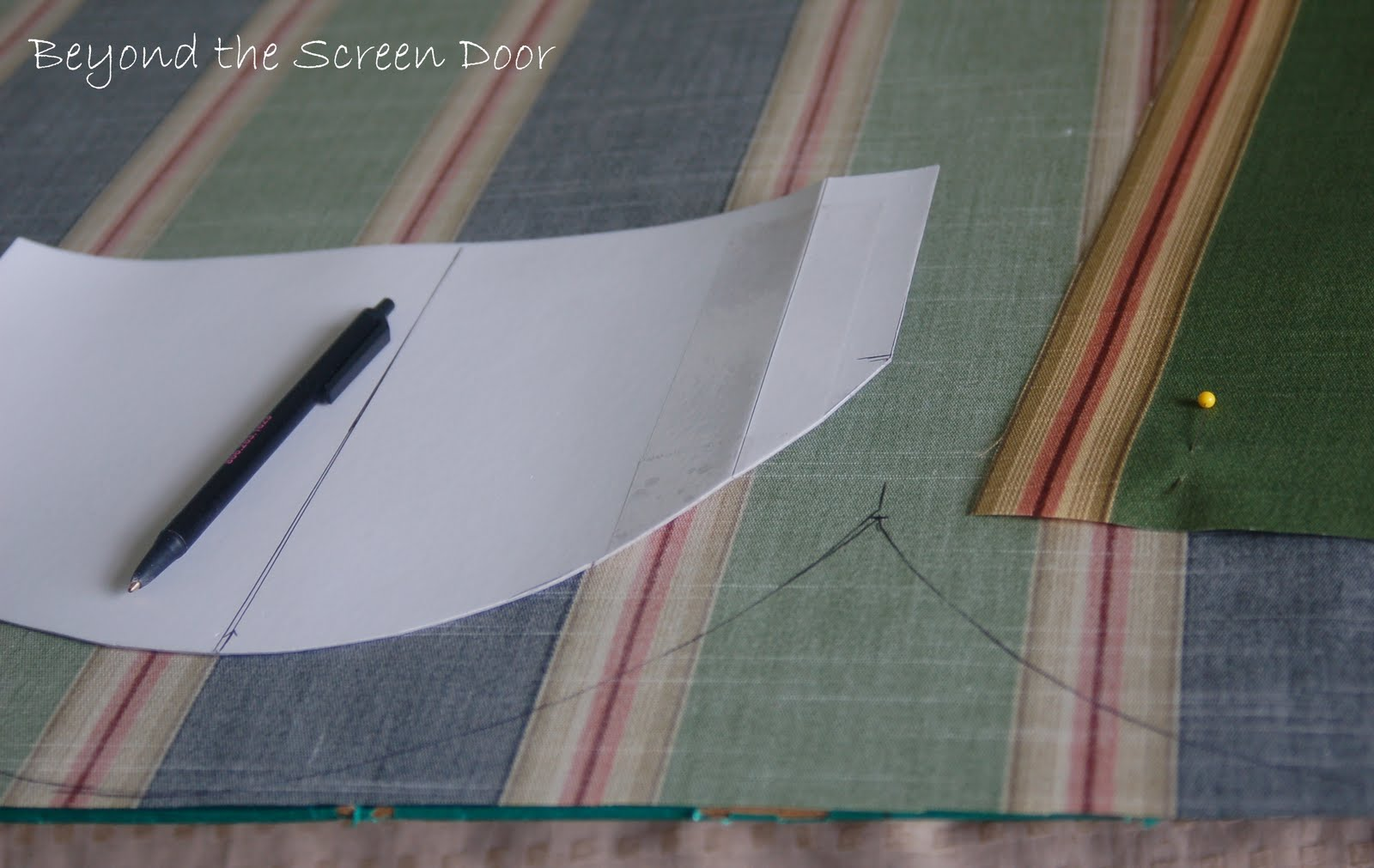 Iu0027d Like To Show You Some Of The Details In Making The Scallops. I Love The  Look Scallops Can Give A Project. They Can Be Used On Window Treatments, ...