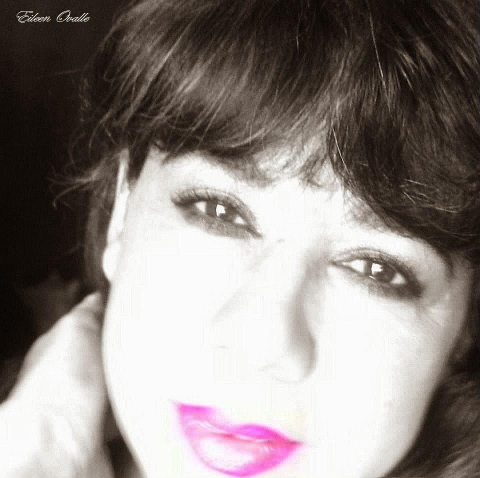 Poeta y escritora guatemalteca Eileen Ovalle ♥