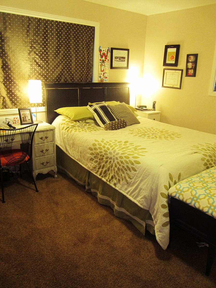 Smartgirlstyle master bedroom makeover wall art for Bedroom sets for small master bedrooms