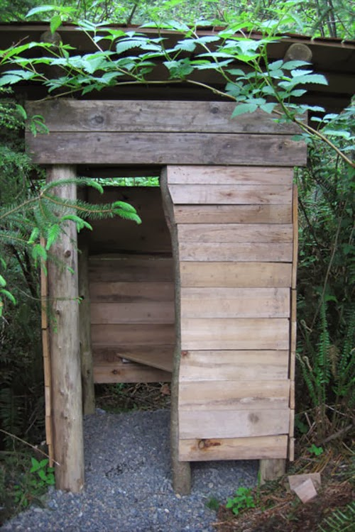 07-Composting-Toilet-Japanese-Zen-Forest-House-Brian-Schulz-www-designstack-co