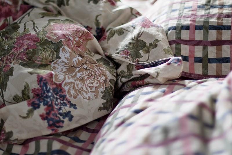bedding sheets flower pattern