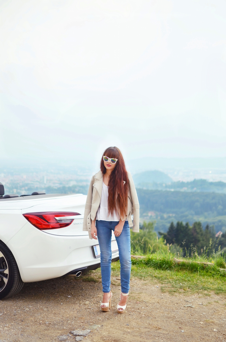 Outfit_Cabrio_Sommer_weisse_Sonnenbrille_lange_blue_Jeans_viktoriaSarina