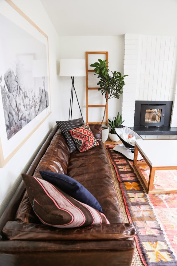 leather sofa/ kilim rug/ living room decor