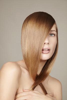beauty photographer nyc, model with shiny hair, straight hair, sleek hair, healthy hair
